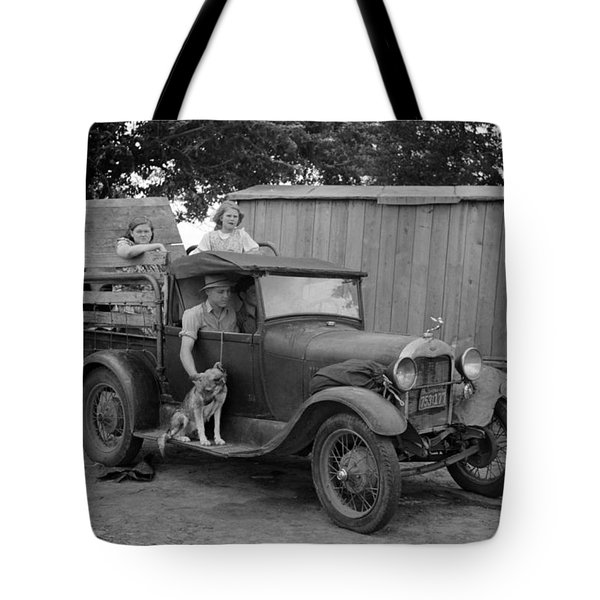 Okies Heading To California - Great Depression - 1939 Tote Bag