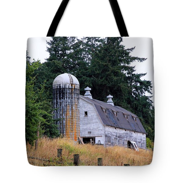 Old Barn In Field Tote Bag