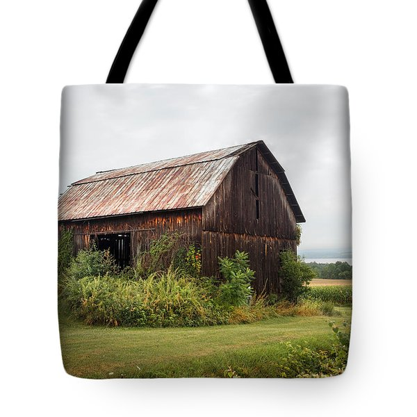 Old Barn On Seneca Lake - Finger Lakes - New York State Tote Bag