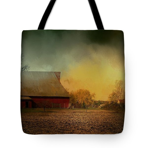 Old Barn With Charm Tote Bag