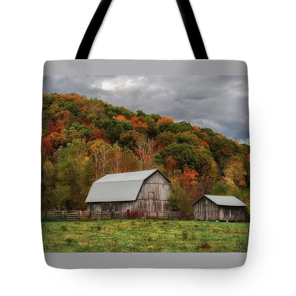 Old Barns Of Beauty In Ohio  Tote Bag