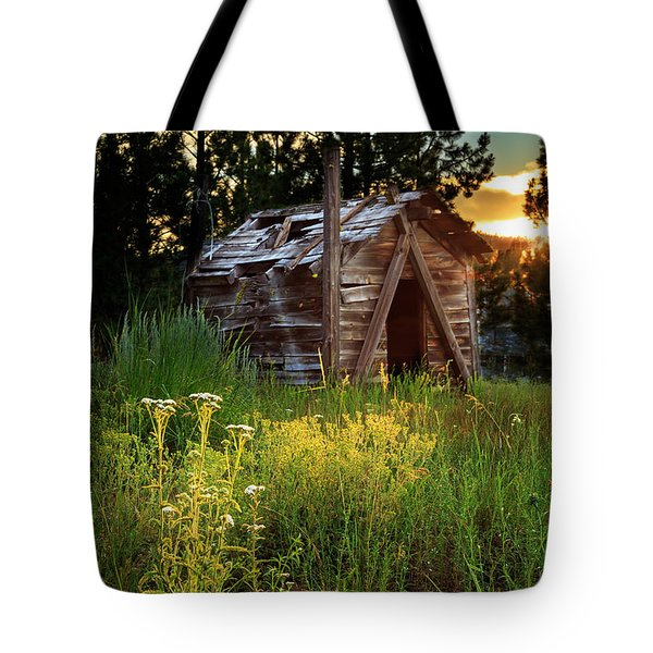 Old Cabin At Sunset Tote Bag