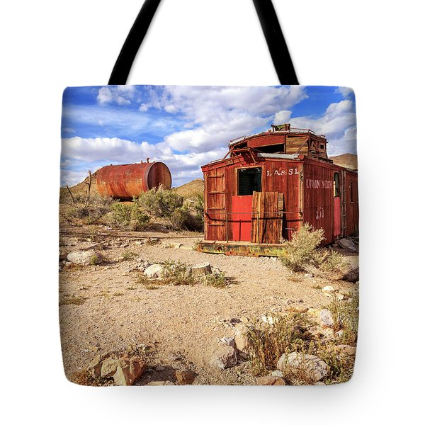 Tote Bag featuring the photograph Old Caboose At Rhyolite by James Eddy