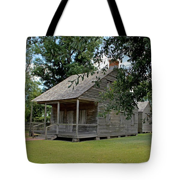 Tote Bag featuring the photograph Old Cajun Home by Judy Vincent
