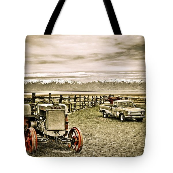 Old Case Tractor Tote Bag
