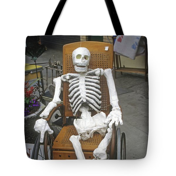 Old Deadheads Never Die Tote Bag