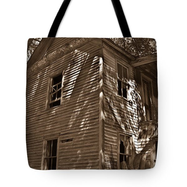 Old Farmhouse In Summertime Tote Bag