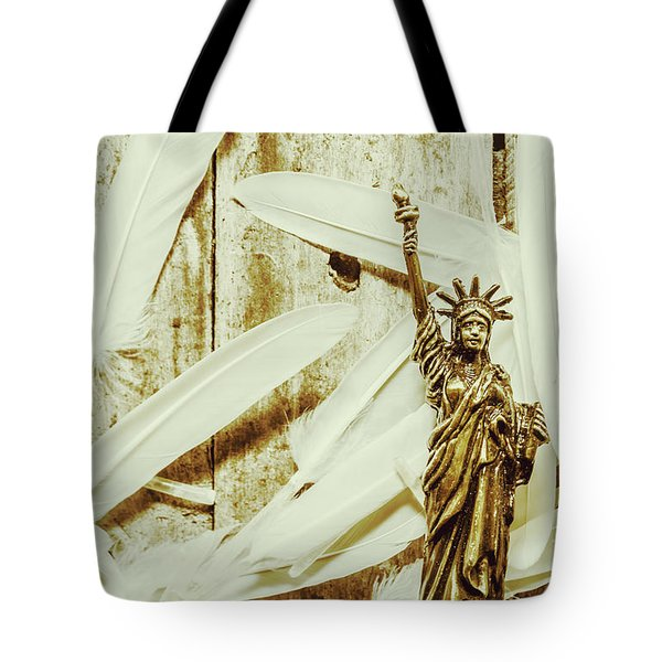 Old-fashioned Statue Of Liberty Monument Tote Bag