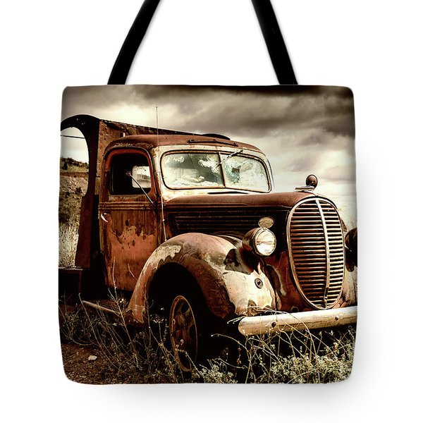 Old Ford Truck In Desert Tote Bag