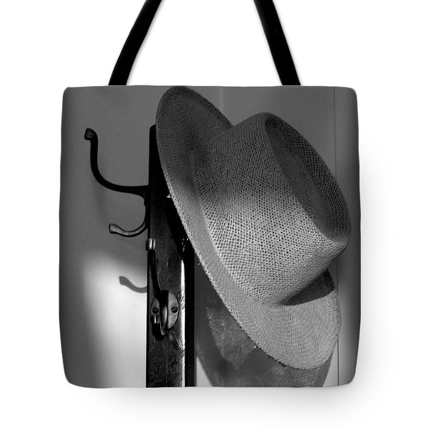 Old Friend Tote Bag by Susan  Dimitrakopoulos