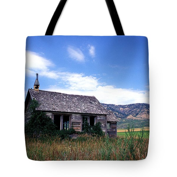 Old House In Idaho Tote Bag by Kathy Yates