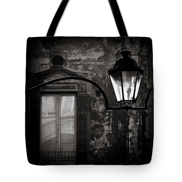 Old Lamp Tote Bag