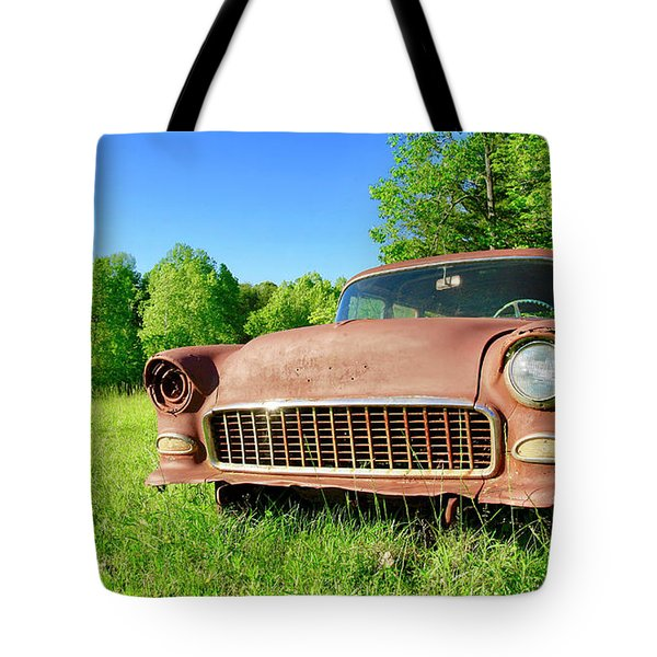 Old Rusty Car Tote Bag