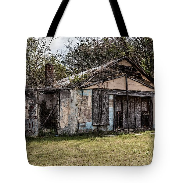 Tote Bag featuring the photograph Old Shack by Kim Hojnacki