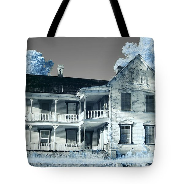 Old Shull House In 642 Tote Bag