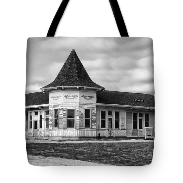 Tote Bag featuring the photograph Old Sturtevant Hiawatha Depot by Ricky L Jones