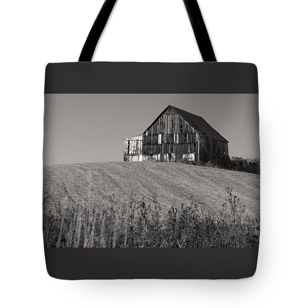 Old Tobacco Barn Tote Bag