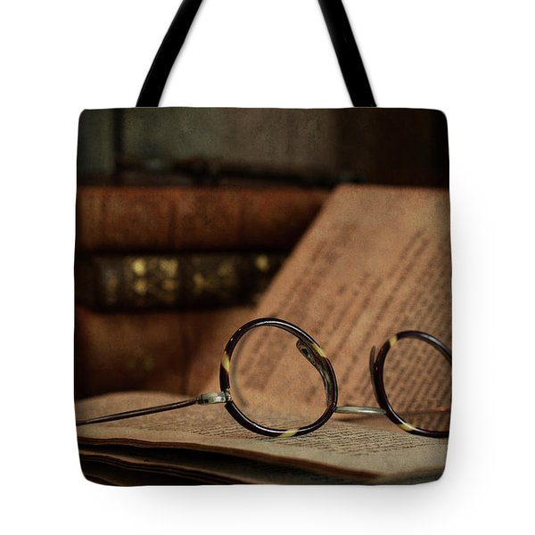 Old Vintage Books With Reading Glasses Tote Bag
