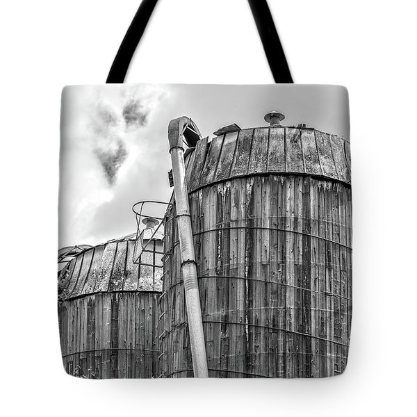 Old Wooden Silos Ely Vermont Tote Bag