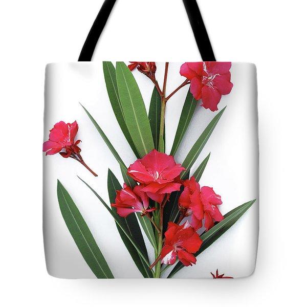 Oleander Geant Des Batailles 2 Tote Bag