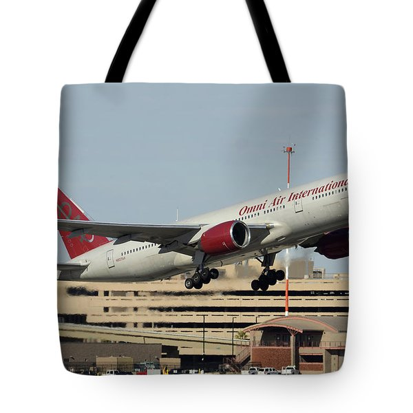 Omni Air International Boeing 777-222 N927ax Phoenix Sky Harbor January 3 2015 Tote Bag by Brian Lockett