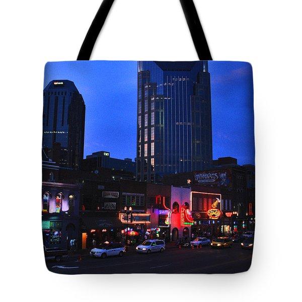 On Broadway In Nashville Tote Bag by Susanne Van Hulst