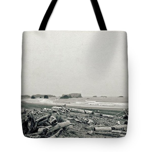 Oregon Beach With Driftwood Tote Bag