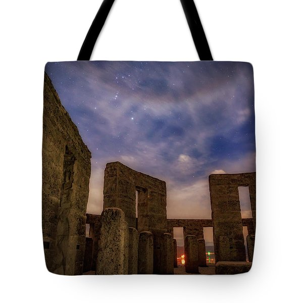 Tote Bag featuring the photograph Orion Over Stonehenge Memorial by Cat Connor