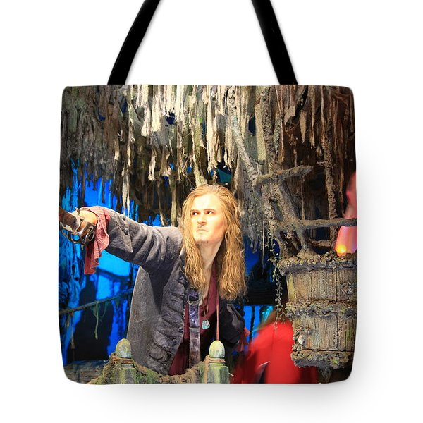 Orlando Bloom Tote Bag by Qingrui Zhang