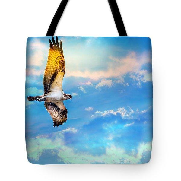 Osprey Soaring High Against A Beautiful Sky Tote Bag