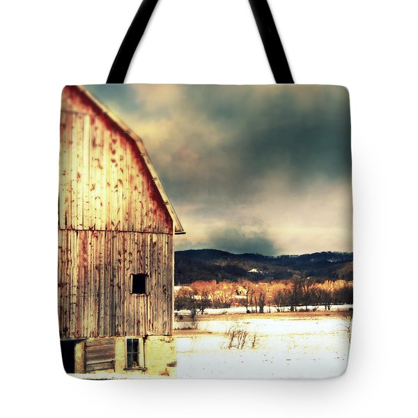 Tote Bag featuring the photograph Over Yonder by Julie Hamilton