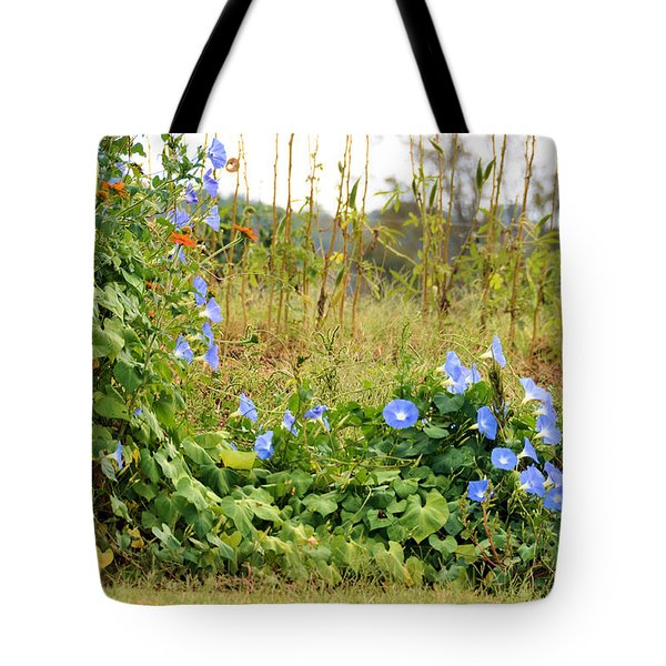 Overtaking Beauty Tote Bag