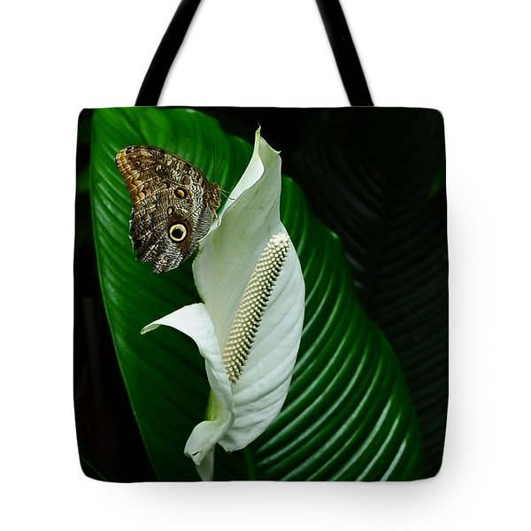 Owl Butterfly On Calla Lily Tote Bag