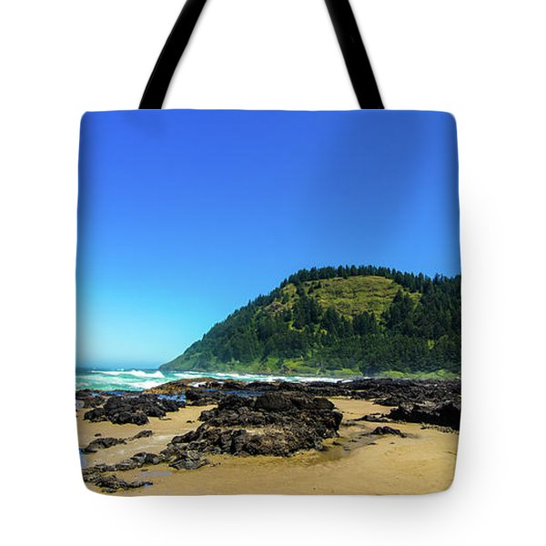Tote Bag featuring the photograph Pacific Beach by Jonny D