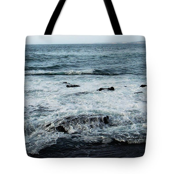 Tote Bag featuring the photograph Pacific View 1 by Linda Shafer