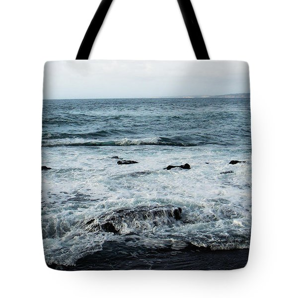 Tote Bag featuring the photograph Pacific View 2 by Linda Shafer