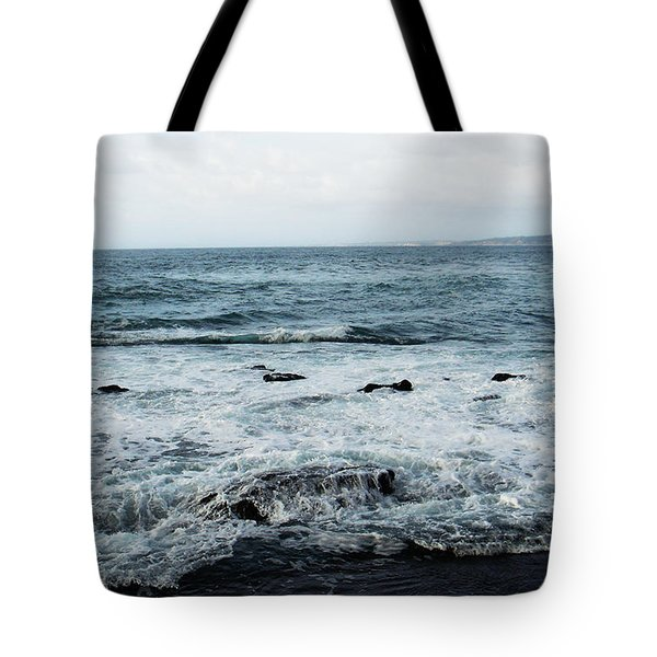 Tote Bag featuring the photograph Pacific View 3 by Linda Shafer