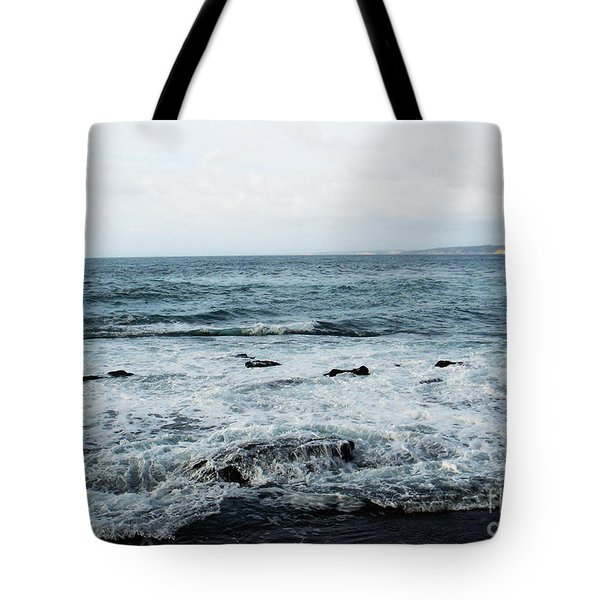 Tote Bag featuring the photograph Pacific View 4 by Linda Shafer