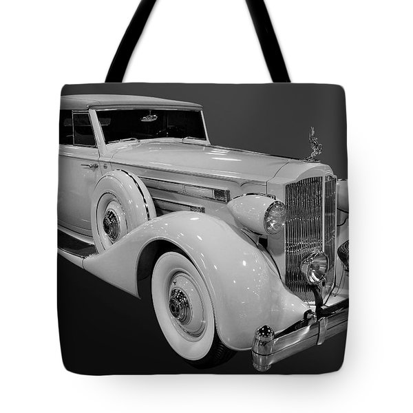 Packard In Bw Tote Bag by Bill Dutting