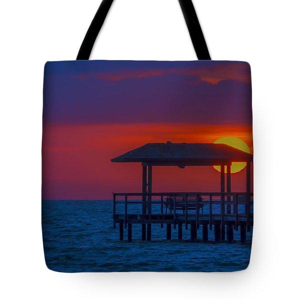 Palapa Del Sol Tote Bag