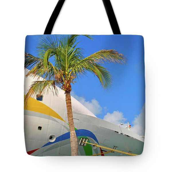 Tote Bag featuring the photograph Palm Cruise by Jost Houk