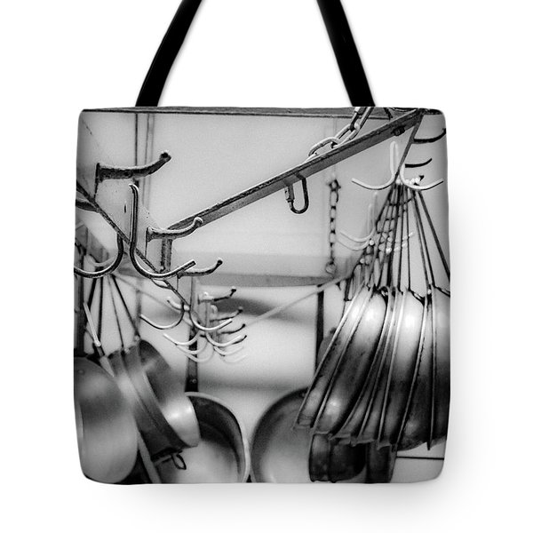 Tote Bag featuring the photograph Panhandler by Kendall McKernon