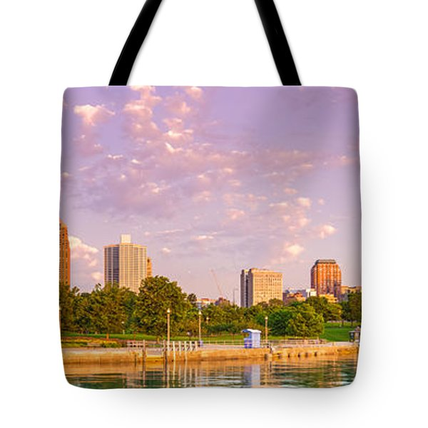 Panorama Of South Side Of Chicago Skyline And One Museum Park From Shedd Aquarium - Chicago Illinois Tote Bag