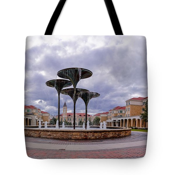 Panorama Of Texas Christian University Campus Commons And Frog Fountain - Fort Worth Texas Tote Bag