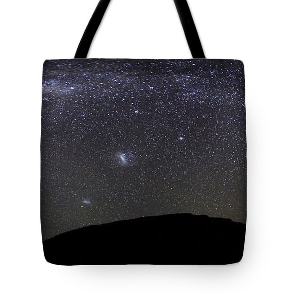 Panoramic View Of The Milky Way Tote Bag by Luis Argerich