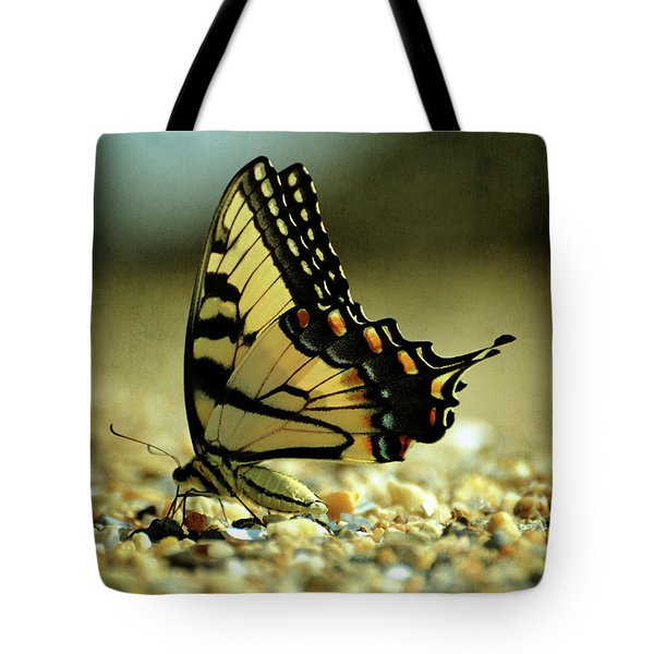 Papilio Glaucus Eastern Tiger Swallowtail Tote Bag