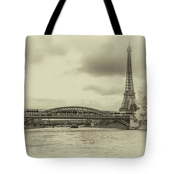 Paris 2 Tote Bag