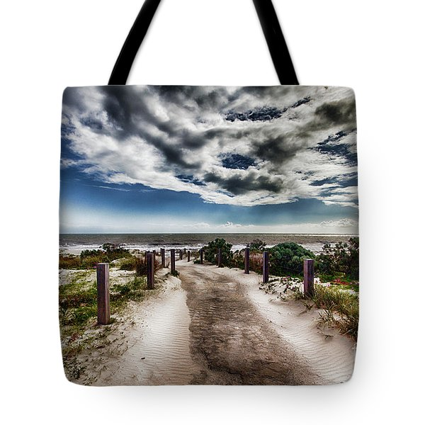 Tote Bag featuring the photograph Pathway To The Beach by Douglas Barnard