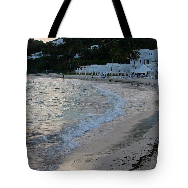 Tote Bag featuring the photograph Peaceful Evening On Dawn Beach by Margaret Bobb