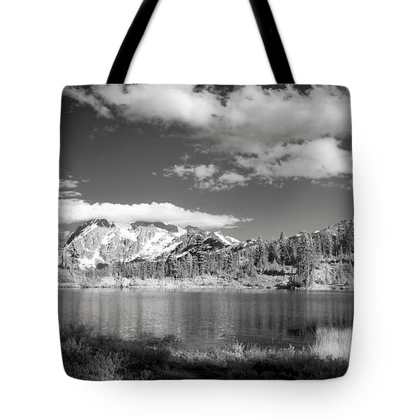 Tote Bag featuring the photograph Peaceful Lake by Jon Glaser